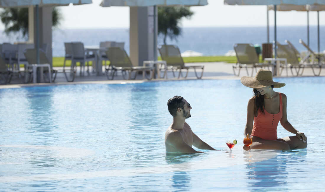 5* hotel in Rhodes with olympic size pool